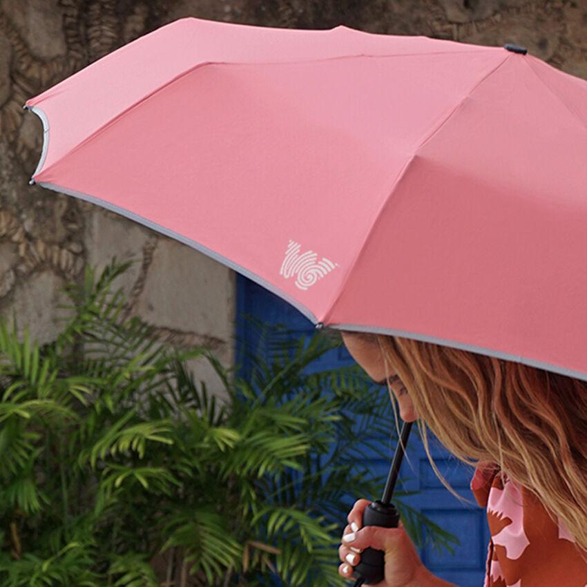 The Travel Umbrella, Coral, medium